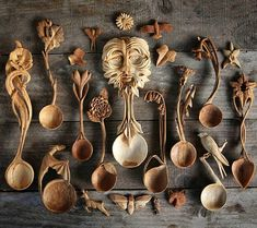 Love Spoons, Carved Spoons, Wood Spoon, Whittling, Creative Crafts, Hobbies And Crafts, The Hobbit, Wood Carving, Sculpture Art