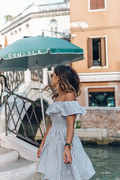 Venezia-Striped_Dress-Off_The_Shoulders-Collage_On_The_Road-Chloe_Bag-Outfit-45