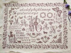 Maman Sampler  Designer / Marjorie Massey  Stitch Count / 383W * 280H  Fabric / 40ct Newcastle Linen Zweigart - Ivory  Thread / DMC