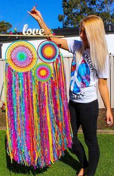 giant rainbow dream catcher for your whimsy home _ by Hobi ve Örgü Çeşitleri