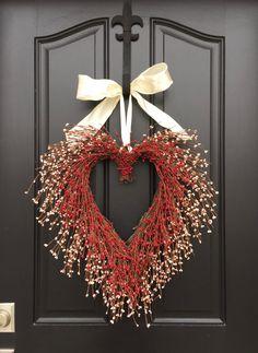 VALENTINE WREATH, Door Wreaths - Pink and Red Heart Wreath - Valentines Heart…