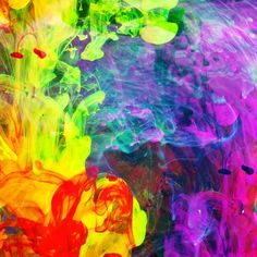 Acrylic Paint: Popular Medium in Modern Art