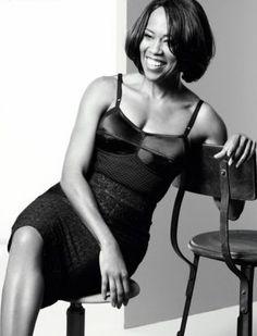 Regina King looks effortless in this picture Black Actresses, Black Actors, Black Celebrities, Celebs, Black Women Art, Beautiful Black Women, Beautiful People, Regina King, Black Girls Rock