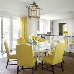 The sunniest room we ever did see.#homedecor #HBcolor (Photo by Paul Raeside design by Catherine Brown Paterson) by housebeautiful