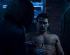Tobias, Divergent Theo James, Divergent Trilogy, Good Looking Actors, Good Looking Men, Underworld Kate Beckinsale, Theodore James, Really Hot Guys, Movies