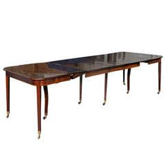 19th Century George III Inlaid Mahogany Extension Dining Table With Five Leaves