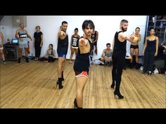 """Love It Or Hate It, These Guys Dancing In Heels To Ariana Grande's """"Break Free"""" Are Just Awesome! 