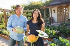 The HGTV series Fixer Upper pairs renovation, design and real estate pros Chip and Joanna Gaines with home buyers to renovate homes that are in great locations, but have bad design or are in poor condition.