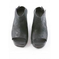 Shoe Tosca by annette görtz