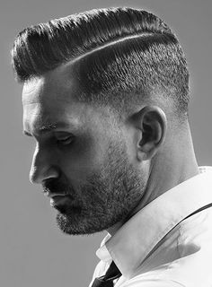 Classic comb over haircuts for men 2018 Combover Hairstyles, Side Part Hairstyles, Oval Face Hairstyles, Cool Hairstyles For Men, Slick Hairstyles, Classic Hairstyles, Haircuts For Men, Undercut Combover, Modern Haircuts