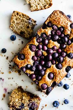 Sweet, warm, fresh-out-of-the-oven Gluten Free Blueberry Bread to kick off the end of summer and transition to fall! so delicious. Gluten Free Baking, Gluten Free Desserts, Dairy Free Recipes, Healthy Baking, Healthy Desserts, Baking Recipes, Dessert Recipes, Healthy Breakfasts, Bread Recipes