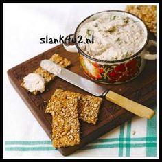 vismousse-slank4u2.nl Nederlanders eten gemiddeld 70 gram vis per week. Dit komt overeen met 1 x in de 2 weken vis. Er zijn veel mensen die helemaal geen vis eten. Dat haalt het gemiddelde omlaag. Dit is de top 10 van meest gekochte vissoorten: gerookte zalm zoute haring diepvrieszalm verse zalm tonijn in blik kibbeling (gebakken) visstick mossel naturel kabeljauw garnalen (diepvries)