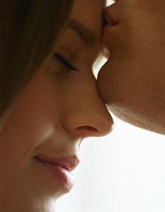 forehead kisses the best kind of kisses innocent and cute filled with love and desire and reasons ro livee