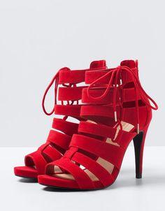 Buttoned Sandals from Bershka Heeled Boots, Shoe Boots, Shoes Sandals, Pretty Shoes, Beautiful Shoes, Mode Rock, Cute High Heels, Fashion Heels, Hot Shoes