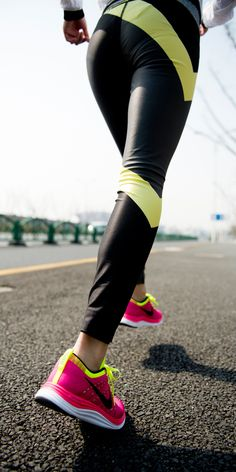Stay loose with a 2-mile shake out run. #training #nike