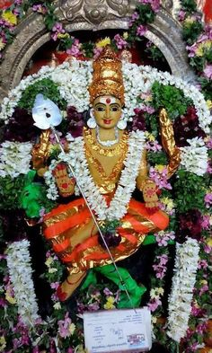 Baby Krishna, Krishna Art, Lord Murugan Wallpapers, Hanuman Images, Hindu Rituals, Lord Shiva Family, Lord Shiva Painting, Shiva Shakti, Goddess Lakshmi