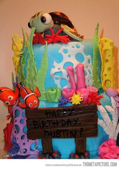 Awesome Finding Nemo cake…