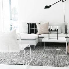 Living Room Interior, Living Room Furniture, Living Room Decor, Bedroom Decor, Furniture Sets Design, Scandi Home, H & M Home, Minimalist Home, Decoration