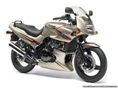 Kawasaki Ninja 500R Wallpaper