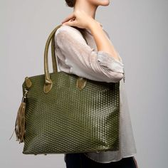 I think I need this bag for fall!