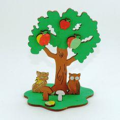 Apfelbaum zum Bemalen mit Eule und Katze sowie Äpfel und Pilze