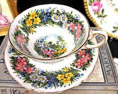 Paragon Tea Cup and Saucer Seasonal Greetings Teacup Floral Cup & Saucer BR Tea Pot Set, Cup And Saucer Set, Tea Cup Saucer, Teapots And Cups, Teacups, Green Tea Cups, China Tea Cups, My Cup Of Tea, Tea Time