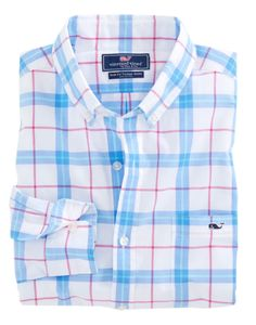 The Vineyard Vines Marsara Plaid Slim Tucker Shirt in Aurora offers an impeccable view. Casual Shirts For Men, Men Casual, Men Shirts, Vineyard Vines Outfits, Camisa Polo, Slim Fit Dresses, White T, Boy Outfits, Prep Outfits