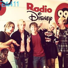 R5′s World Tour Videos: Jerusalem, Dublin, Milan And Mexico City