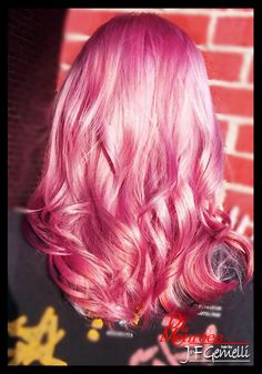 Cotton Candy Pink hair is just the best.... Don't you agree.... ;D  #PinkHair #CottonCandyPink #DeLaMonroee #JFGemelliCary #HairColor #BoldColor #LongHair #SummerHair #BeautifulHair #PinkDream #Instamatic