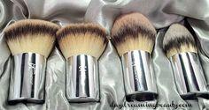 IT Cosmetics Buki Brush Box set