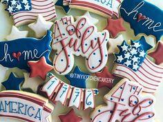 Fourth of july cookies summer cookies, fancy cookies, iced cookies, royal icing cookies Summer Cookies, Fancy Cookies, Iced Cookies, Cute Cookies, Holiday Cookies, Cupcake Cookies, Frosted Cookies, Crazy Cookies, Cookie Favors