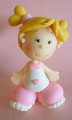 *PORCELAINE FROIDE ~ fillette en porcelaine froide en rose et blanc: