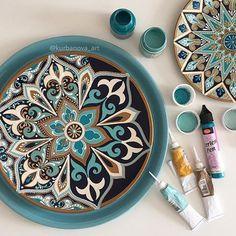 Handmade with l❤️VE ( Mandala Doodle, Mandala Dots, Mandala Design, Doodle Art, Point Paint, Dot Painting, Stencils, Decorative Plates, Miniatures
