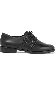 ALEXANDRE BIRMAN Molly Crocodile-Trimmed Leather Brogues. #alexandrebirman #shoes #flats
