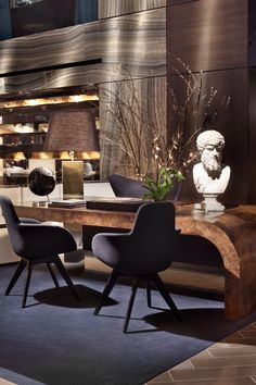 ♂ Comfort meets Luxury in our landmark Times Square Hotel #nyc
