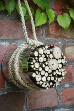 Insektshotell - All About Balcony Garden Deco, Veg Garden, Preschool Garden, Bug Hotel, Mason Bees, Garden Insects, Metal Garden Art, Garden Projects, Garden Inspiration