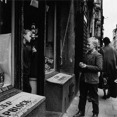 30 Black-and-White Photographs Capture Street Scenes of Stockholm in the 1950s