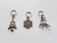christmas stitch markers - christmas progress keepers
