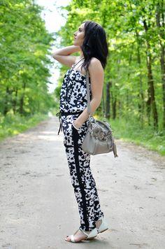 B&W jumpsuit  http://mlodamamawswieciemody.blogspot.com/