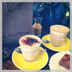 Coffees and Vuitton shopping with friends x. Glass Of Milk, Good Times, Coffee, Drinks, Tableware, Shopping, Food, Kaffee, Drinking