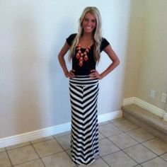 Black and White Stripped Maxi Skirt | Ladies Paradise Shoes