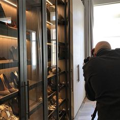 Dressing room 📸 #photoshoot #interiorarchitecture #interiordesign #interiorstyling #luxuryinteriors #laurahammett
