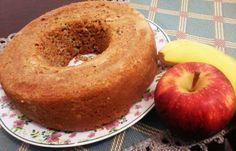 Aprenda a preparar uma deliciosa receita de bolo sem farinha com banana e maçã.