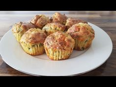 Spinach and Cheese Muffins Muffin Recipes, Brunch Recipes, Baby Food Recipes, Breakfast And Brunch, Savory Muffins, Cheese Muffins, Finger Food Appetizers, Finger Foods, Aperitivos Finger Food