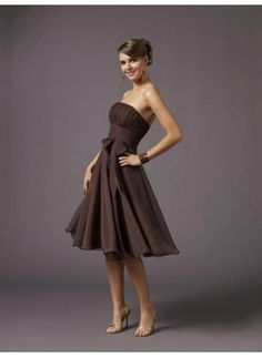Love this for a bridesmaid dress!
