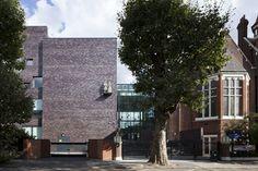Anbau der Londoner Raine's Foundation Upper School mit Klinker von Hagemeister – architekturmeldungen.de