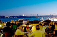 David: Noobai Cafe (bar with rooftop terrace), Lisbon, Portugal