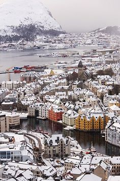 Alesund Norway  Amazing discounts - up to 80% off Compare prices on 100's of Travel booking sites at once Multicityworldtravel.com