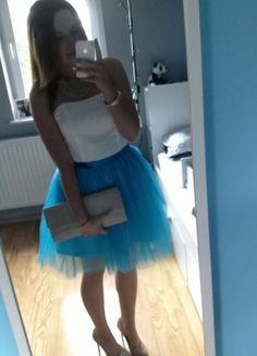 Kup mój przedmiot na #vintedpl http://www.vinted.pl/damska-odziez/krotkie-sukienki/10111288-niebieskatiulowa-sukienka-wieczorowa-36