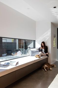 tour a modern light-filled home built on a golf course block